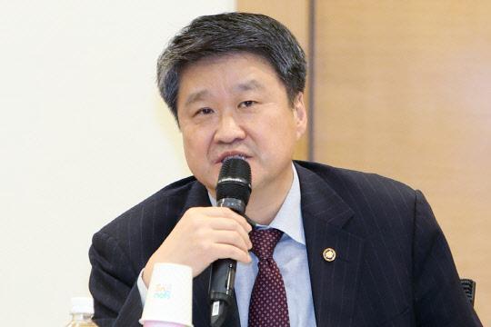 김학도 차관, 실크로드 박람회 참석